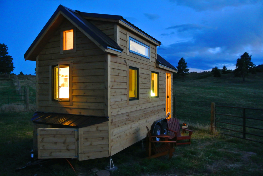 Custom sip tiny house as seen on tv for Building a house in colorado